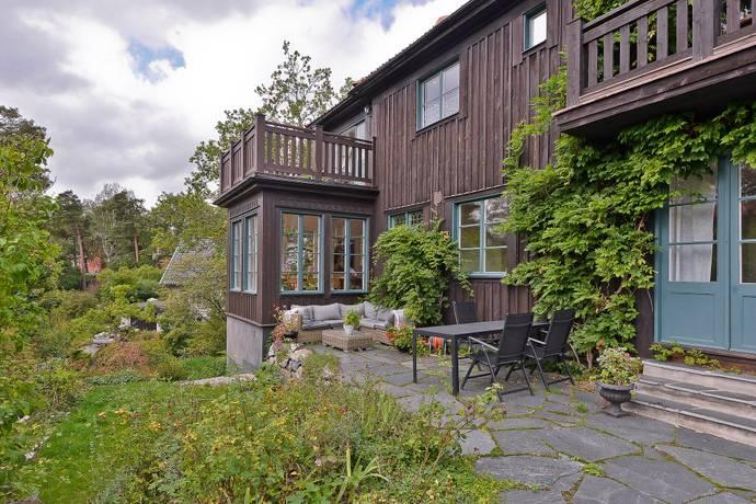 Bild: 9 rum villa på Villavägen 29, Danderyds kommun Stocksund