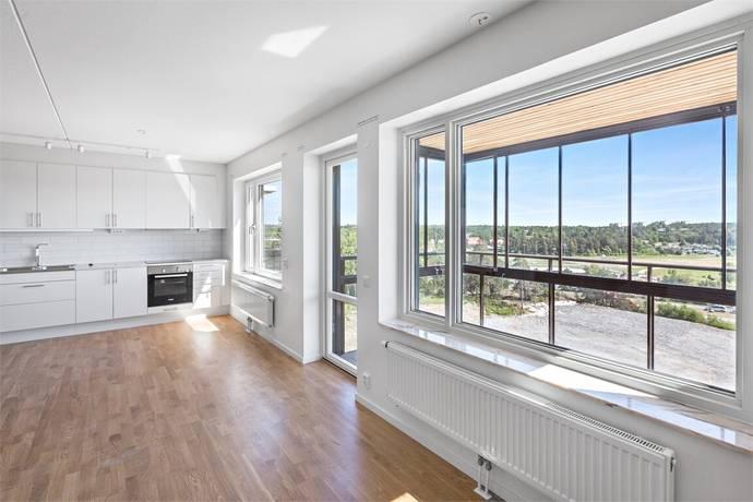 Bild: 4 rum bostadsrätt på Femstenavägen 5, våning 5, Upplands-Bro kommun Kungsängen - Norrboda