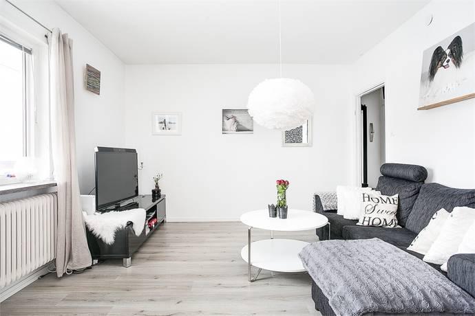 Bild: 1 rum bostadsrätt på Strandvägen 14 A, Jönköpings kommun Huskvarna Norrängen