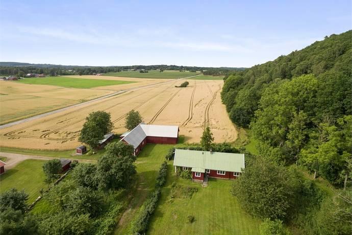Bild: 5 rum gård/skog på Kärreberg 108, Falkenbergs kommun Vessigebro