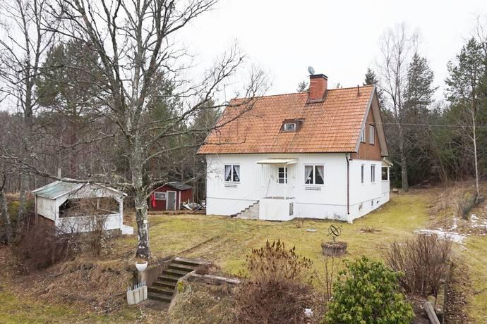 Bild: 5 rum villa på Hosum Lövdalen 2, Valdemarsviks kommun VALDEMARSVIK