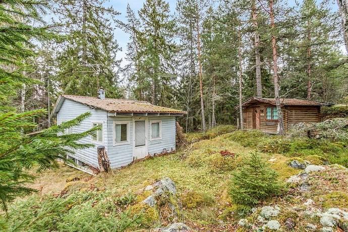 Bild: 3 rum fritidshus på Svart väg Lisökalv 75A, Nynäshamns kommun Sorunda