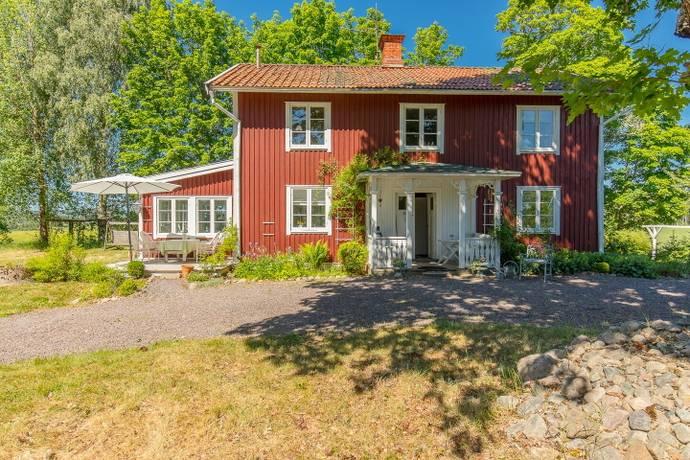 Bild: 6 rum gård/skog på Bäck 182, Sunne kommun Sunne