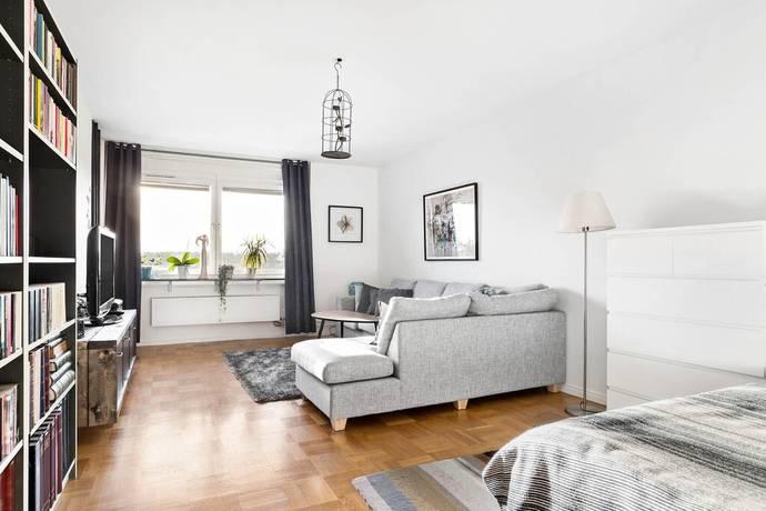 Bild: 3 rum bostadsrätt på Rombergsgatan 12, Enköpings kommun Romberga