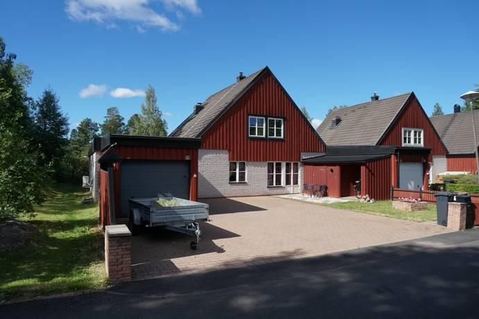 Bild: 8 rum villa på Tranbärsvägen 27E, Falu kommun Hälsninggården
