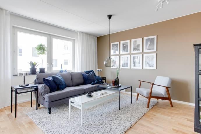 Bild: 4 rum bostadsrätt på Råbyvägen, Uppsala kommun Gränby