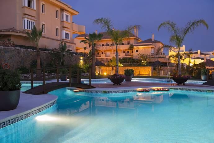 Bild: 3 rum bostadsrätt på Lyxig lägenhet i Nueva Andalucia, Spanien Nueva Andalucia, Costa del Sol