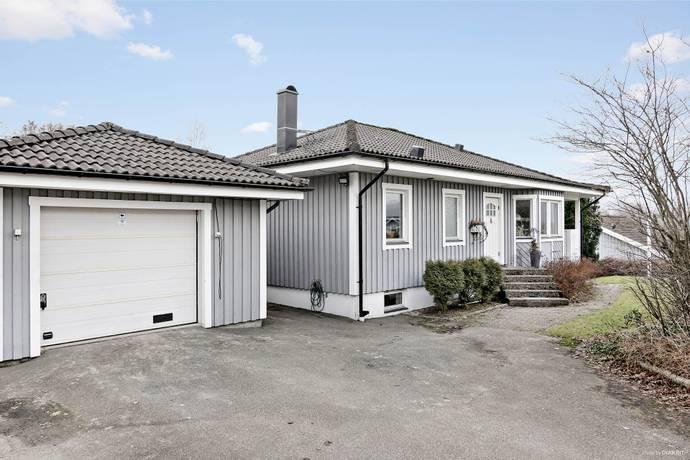 Bild: 6 rum villa på Spjälvägen 6, Bollebygds kommun Erikstorp