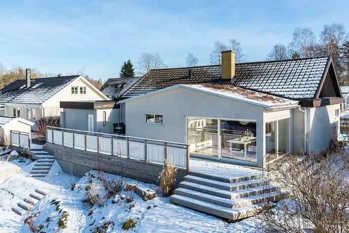 Bild: 6 rum villa på Opalvägen 3, Växjö kommun Norra Teleborg