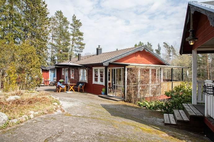 Bild: 4 rum villa på Boängsvägen 22, Norrtälje kommun Spillersboda