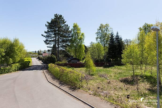 Bild: tomt på Campingvägen 9, Båstads kommun Hemmeslöv