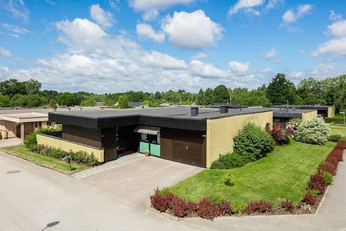 Bild: 4 rum villa på Nävervägen 2, Växjö kommun Teleborg