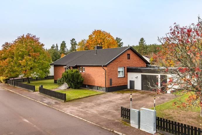 Bild: 4 rum villa på Skogsfrustigen 11, Borlänge kommun Paradiset