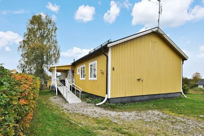 Bild: 4 rum villa på Villavägen 5, Övertorneå kommun Hedenäset - Risudden