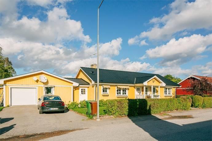 Bild: 5 rum villa på Falkstigen 17, Töreboda kommun Töreboda - Kilenområdet