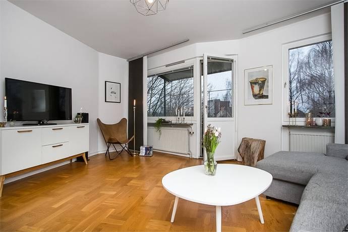 Bild: 2 rum bostadsrätt på Kyrkvärdsvägen 9, Örebro kommun Almby