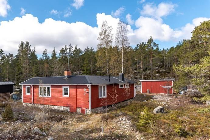 Bild: 3 rum fritidshus på Storsands ringväg 17, Hudiksvalls kommun Lakbäck