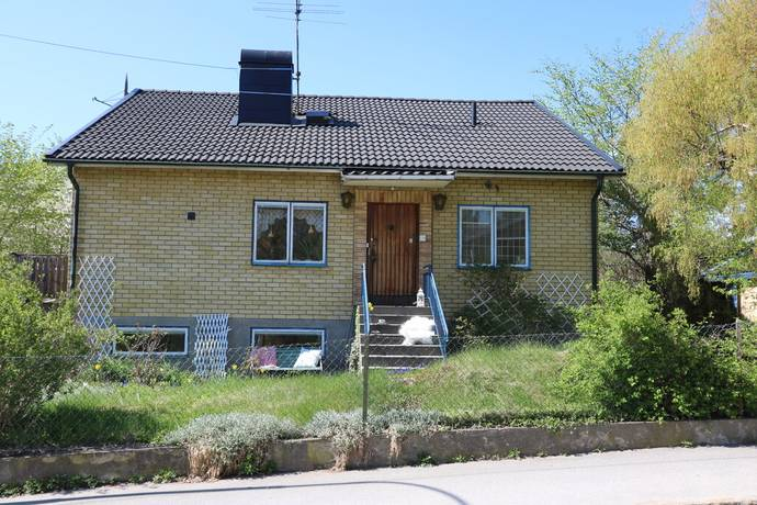Bild: 5 rum villa på Gårdfarivägen 14, Stockholms kommun Mälarhöjden