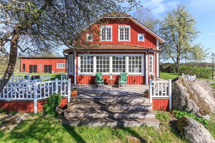 Bild: 8 rum villa på Mauritsholm Nya Staten, Linköpings kommun Linköping