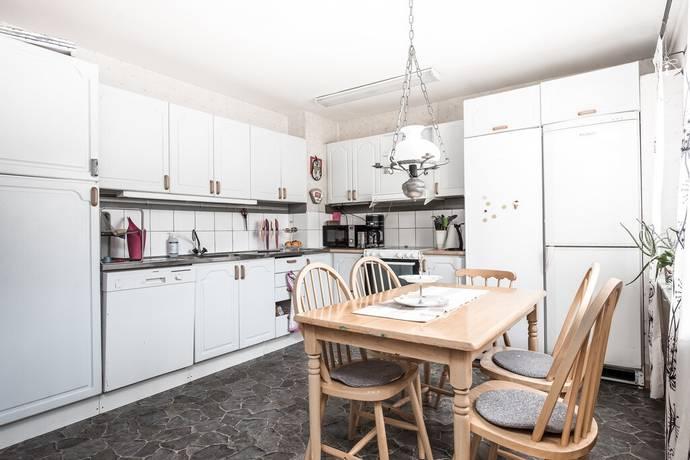 Bild: 3 rum bostadsrätt på Ramstorpsvägen 96, Tidaholms kommun Junibacken