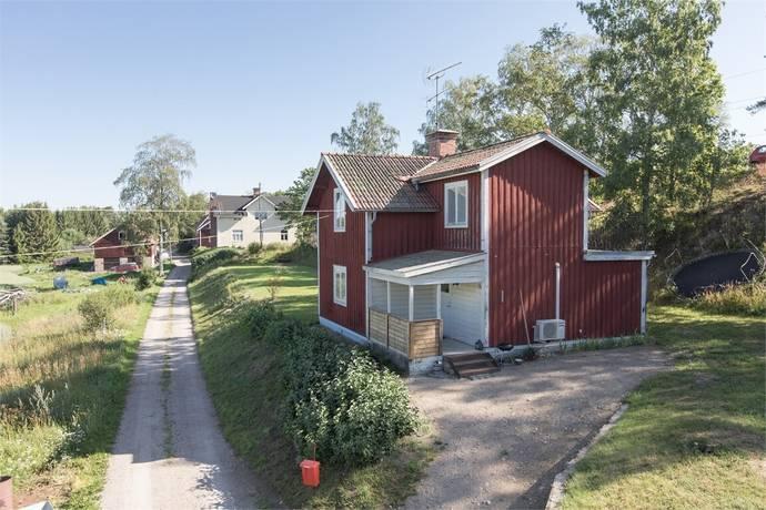 Bild: 3 rum villa på Grimkärrsvägen 19, Sala kommun Möklinta