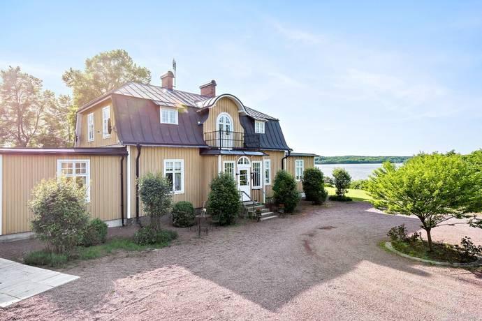 Bild: 10 rum villa på Vintervägen 10 och 3, Kristianstads kommun Österslöv