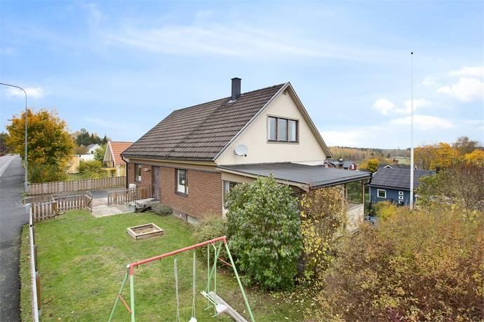 Bild: 7 rum villa på Bondskogsvägen 10B, Lindesbergs kommun Lindesberg - Centralt