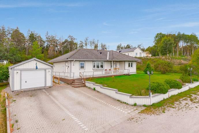 Bild: 4 rum villa på Brunna gårds väg 9, Håbo kommun