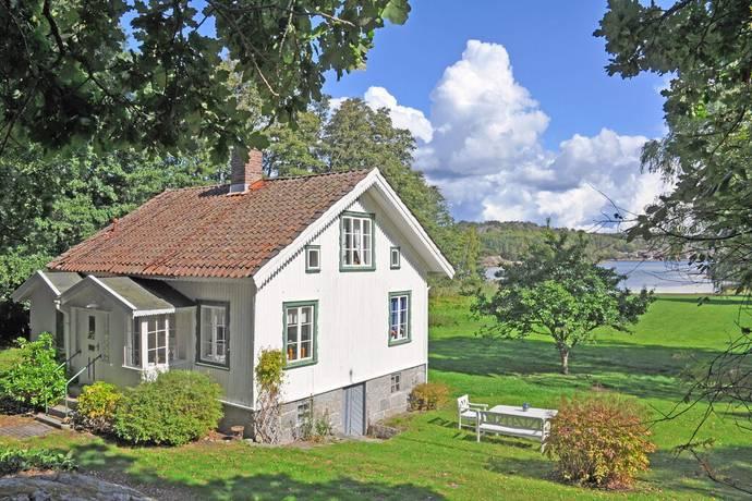 Bild: 4 rum villa på Edholmsvägen 5, Strömstads kommun Öddö
