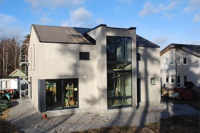 Bild: 5 rum villa på Mosaikvägen 10, Håbo kommun Skokloster - Slottsskogen