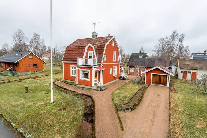 Bild: 4 rum villa på Strandgatan 8, Eksjö kommun