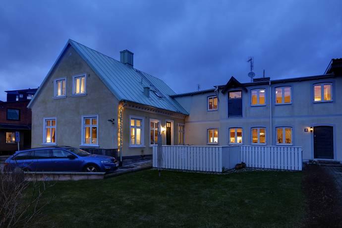 Bild: 12 rum villa på Norregatan 32, Trelleborgs kommun Trelleborg