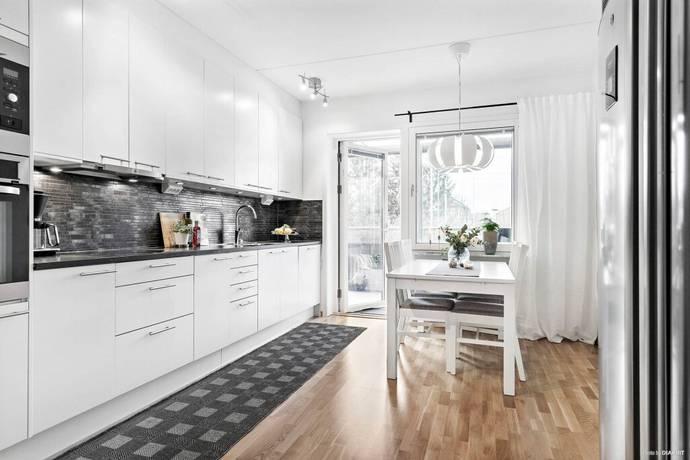 Bild: 3 rum bostadsrätt på Portalgatan 88, Uppsala kommun Kapellgärdet