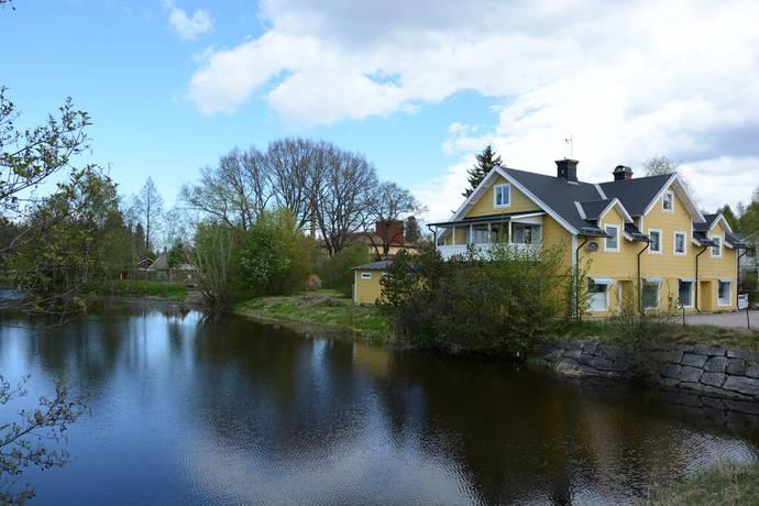 Bild: 9 rum villa på Hållnäsvägen 5, Tierps kommun SKÄRPLINGE