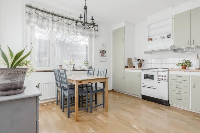 Bild: 1 rum bostadsrätt på Sörgården 161, Vallentuna kommun Vallentuna