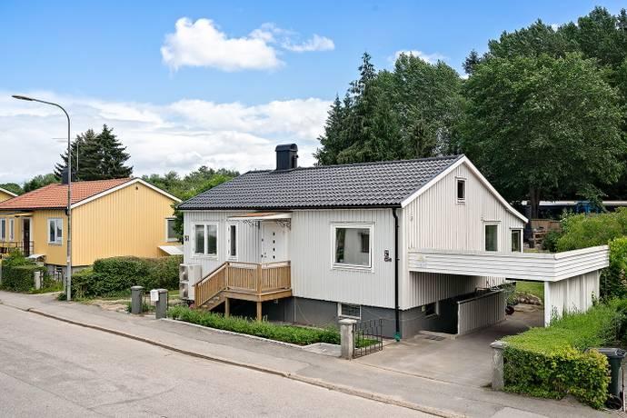 Bild: 5 rum villa på Tallkrogsvägen 51, Stockholms kommun Tallkrogen