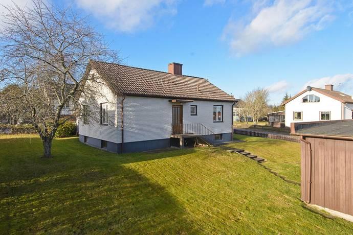 Bild: 3 rum villa på Vinkelgatan 12, Tidaholms kommun TIDAHOLM