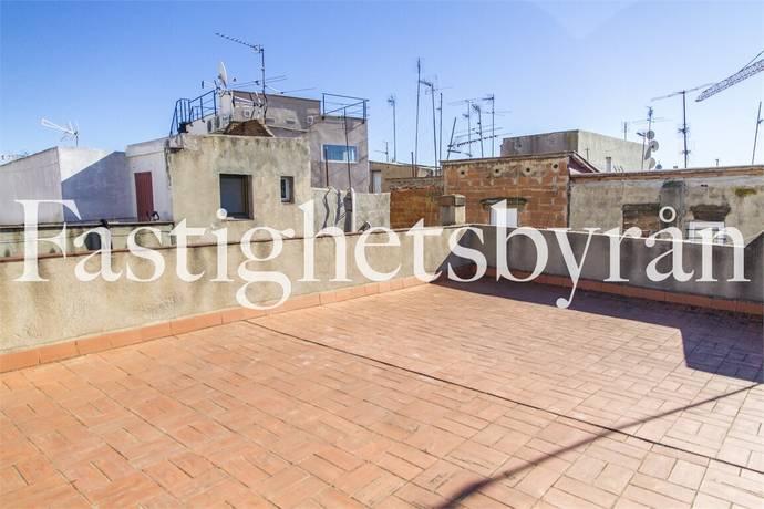 Bild: 3 rum bostadsrätt på Renoveringsobjekt nära Las Ramblas, Spanien Barcelona - Raval, Ciutat Vella