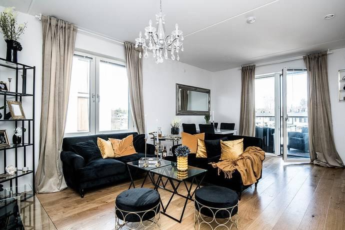 Bild: 2 rum bostadsrätt på Kallkärrsvägen 76, Huddinge kommun Snättringe