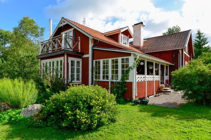 Bild: 6 rum villa på Lövstabruk 131, Tierps kommun Långbron
