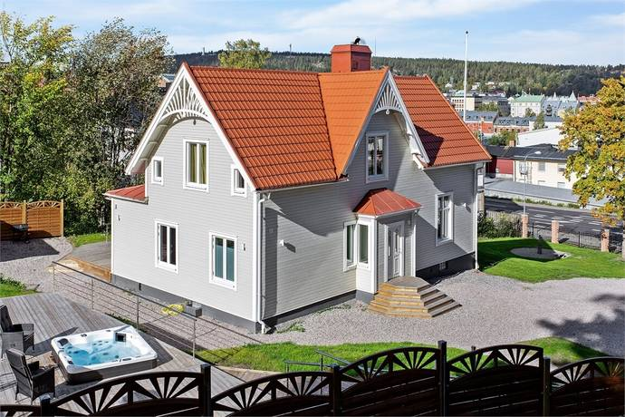Bild: 6 rum villa på Fridhemsgatan 2 B, Sundsvalls kommun Södermalm