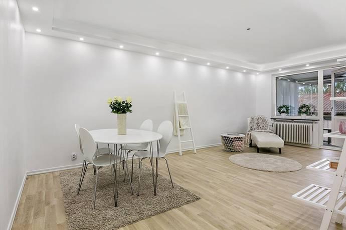 Bild: 2 rum bostadsrätt på Blommelundsgatan 10 B, Norrköpings kommun Haga