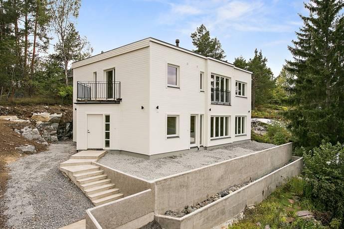 Bild: 7 rum villa på Lundavägen 26b, Järfälla kommun Skälby