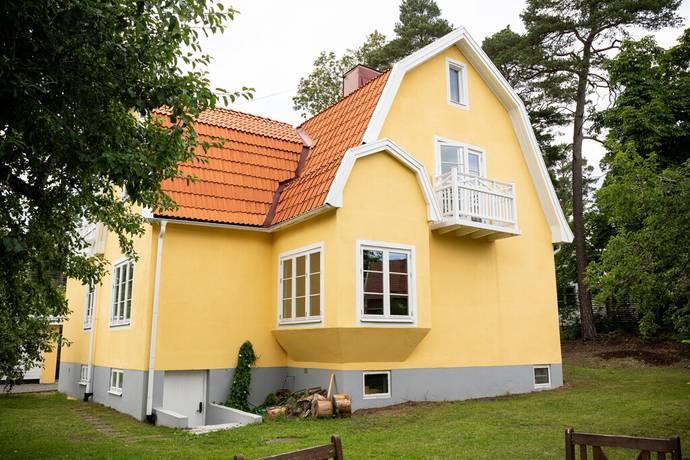 Bild: 8 rum villa på Bågspännarvägen 12, Stockholms kommun Älvsjö