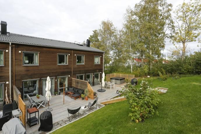Bild: 5 rum radhus på Lakevägen 32 G, Örebro kommun Ekeby-Almby