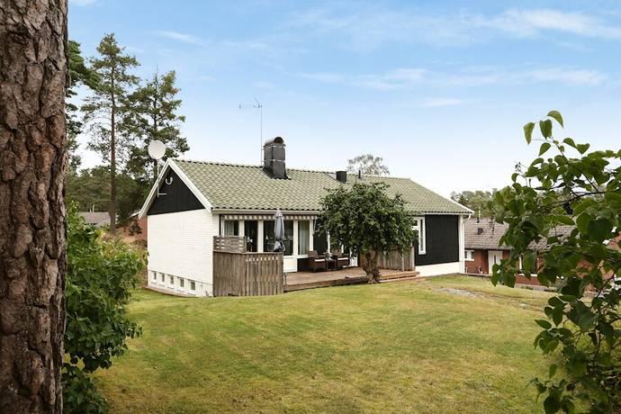 Bild: 5 rum villa på Turkosvägen 5, Uddevalla kommun Övre Unneröd