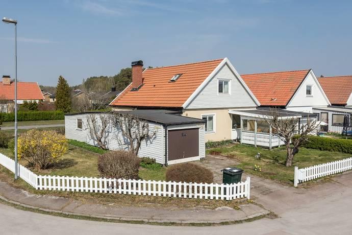 Bild: 5 rum villa på Tulpangatan 16, Karlstads kommun