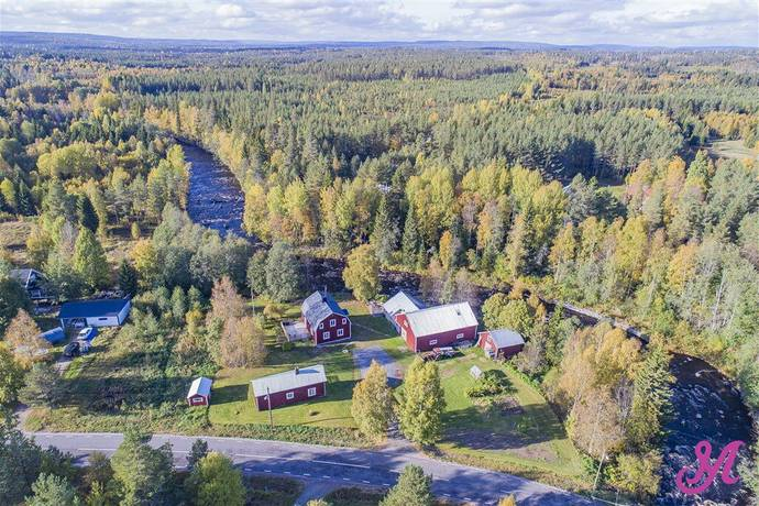 Bild: 4 rum gård/skog på Häggnäs 74, Umeå kommun Häggnäs