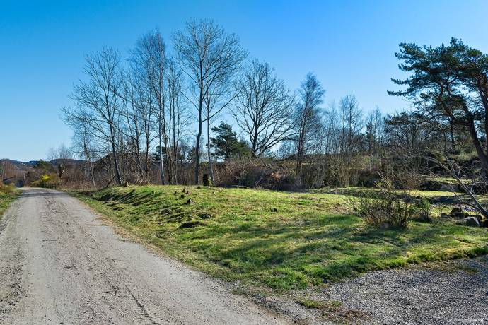 Bild: tomt på Övre Tådås, Tjörns kommun Tådås