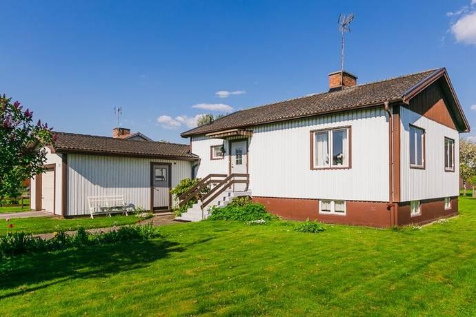 Bild: 3 rum villa på Långgatan 26, Töreboda kommun Töreboda Tätort